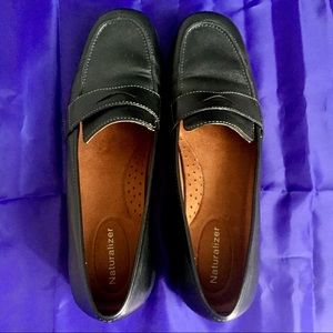 Women's Naturalizer Comfort Fit Loafer Shoe Sz 8.5